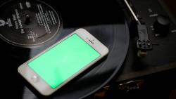Iphone-white-on-vinyl